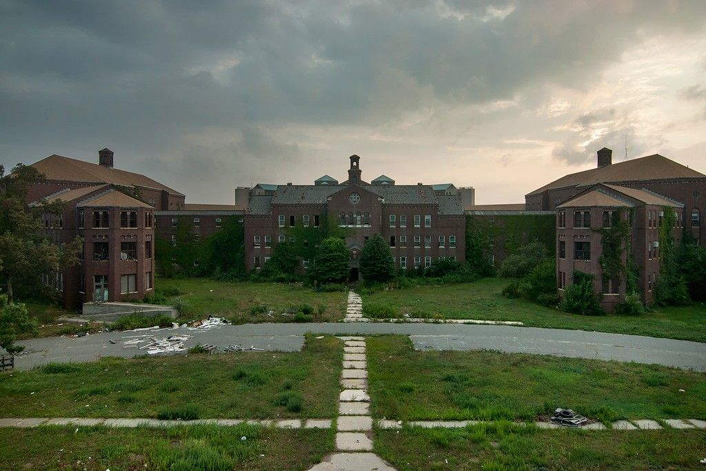 Pilgrim state hospital brentwood ny view of the