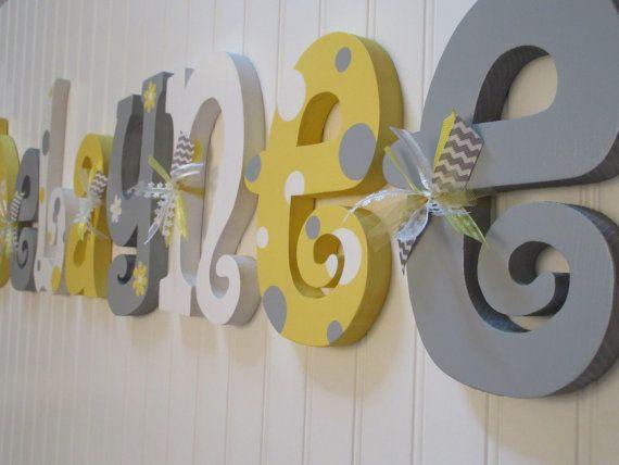 Nursery letters Nursery wall hanging por BurnsWithInspiration | Chu ...