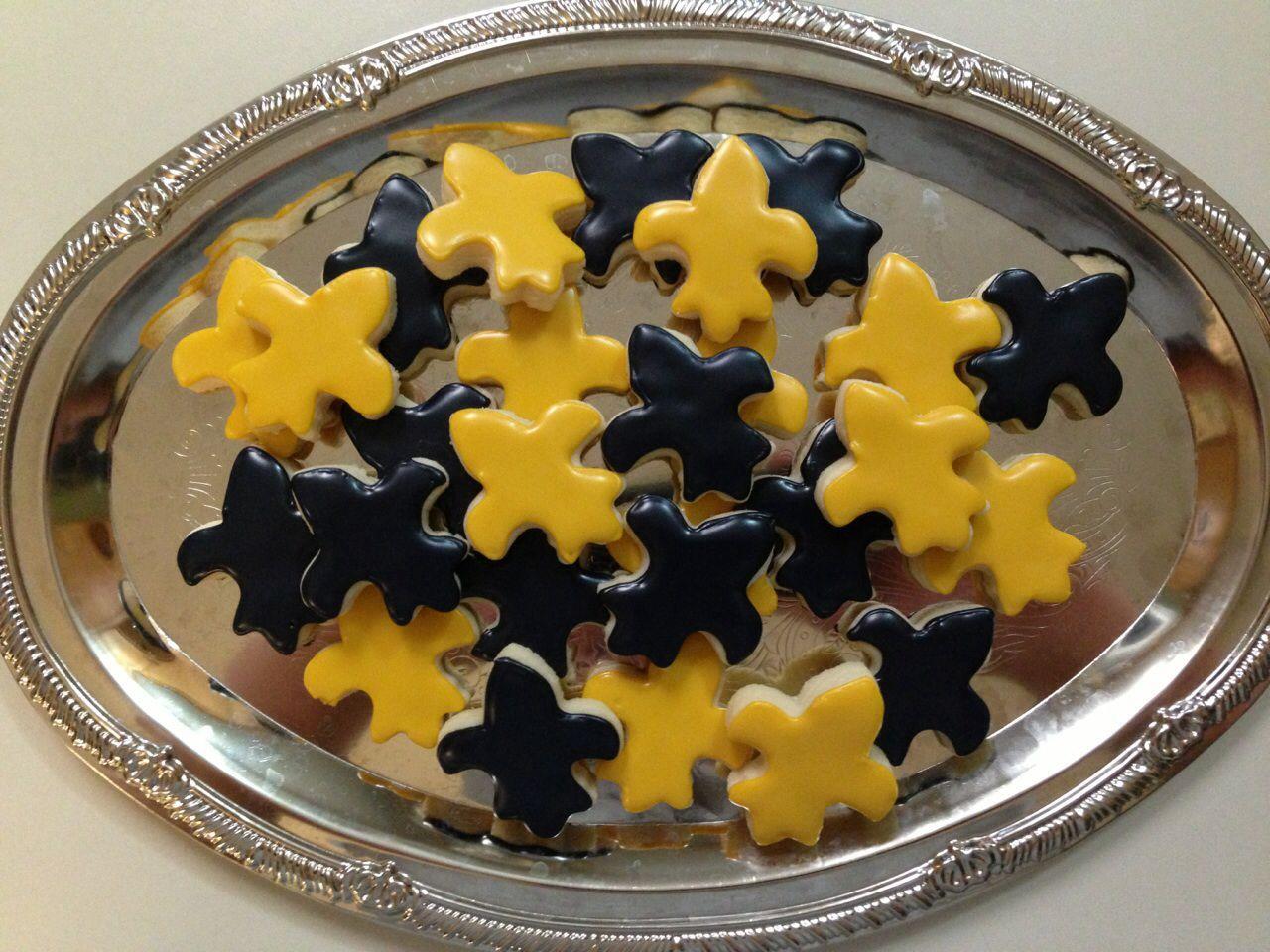 New Orleans saints fleur de lis sugar cookies