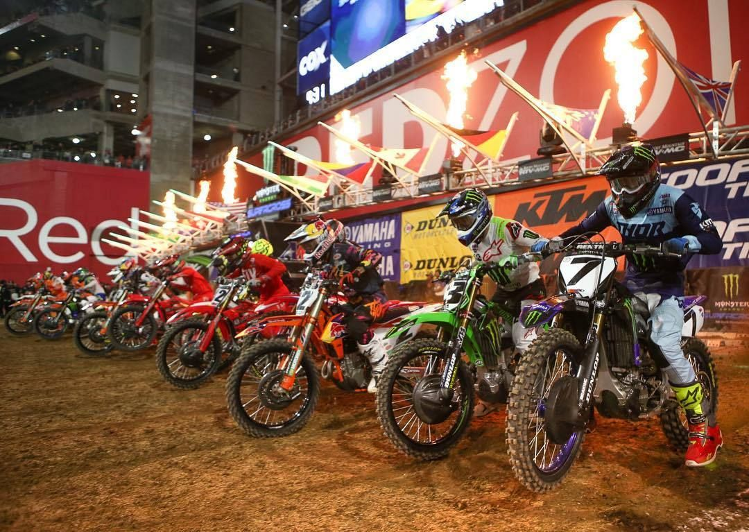 Round Two Is In The Books Head Over To Vitalmx To Check Out Lots Of Goodness From Glendale Arizona Guybmoto And Vitalmx S Supercross Bike Pic Motocross