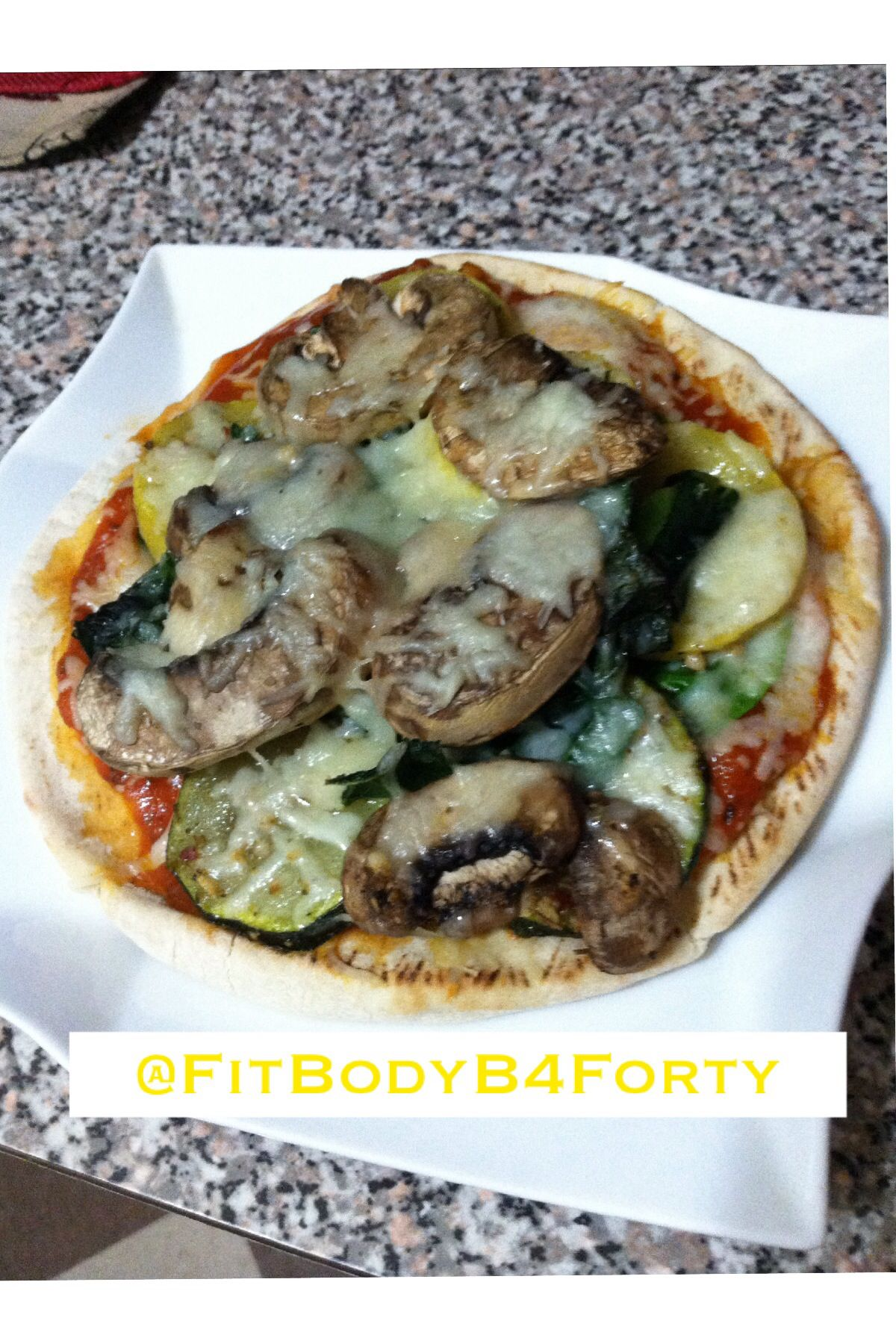 Pita Pizza Party #FitGirlsGuide Awesome Dinner!  Sautéed my Veggies before I put…