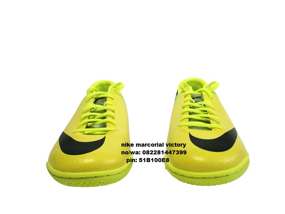 toko sepatu futsal b8fe12d3cd