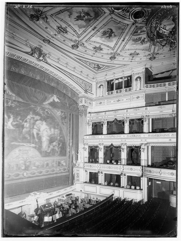 02 Oper Leipzig Oper Leipzig Orchester
