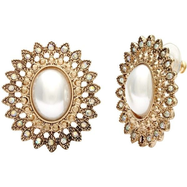 Alexa Starr Vintage Faux Pearl and Filigree Button Earrings ($9.94) ❤ liked on Polyvore featuring jewelry, earrings, gold, vintage button earrings, oval earrings, vintage jewelry, faux pearl stud earrings and stud earrings