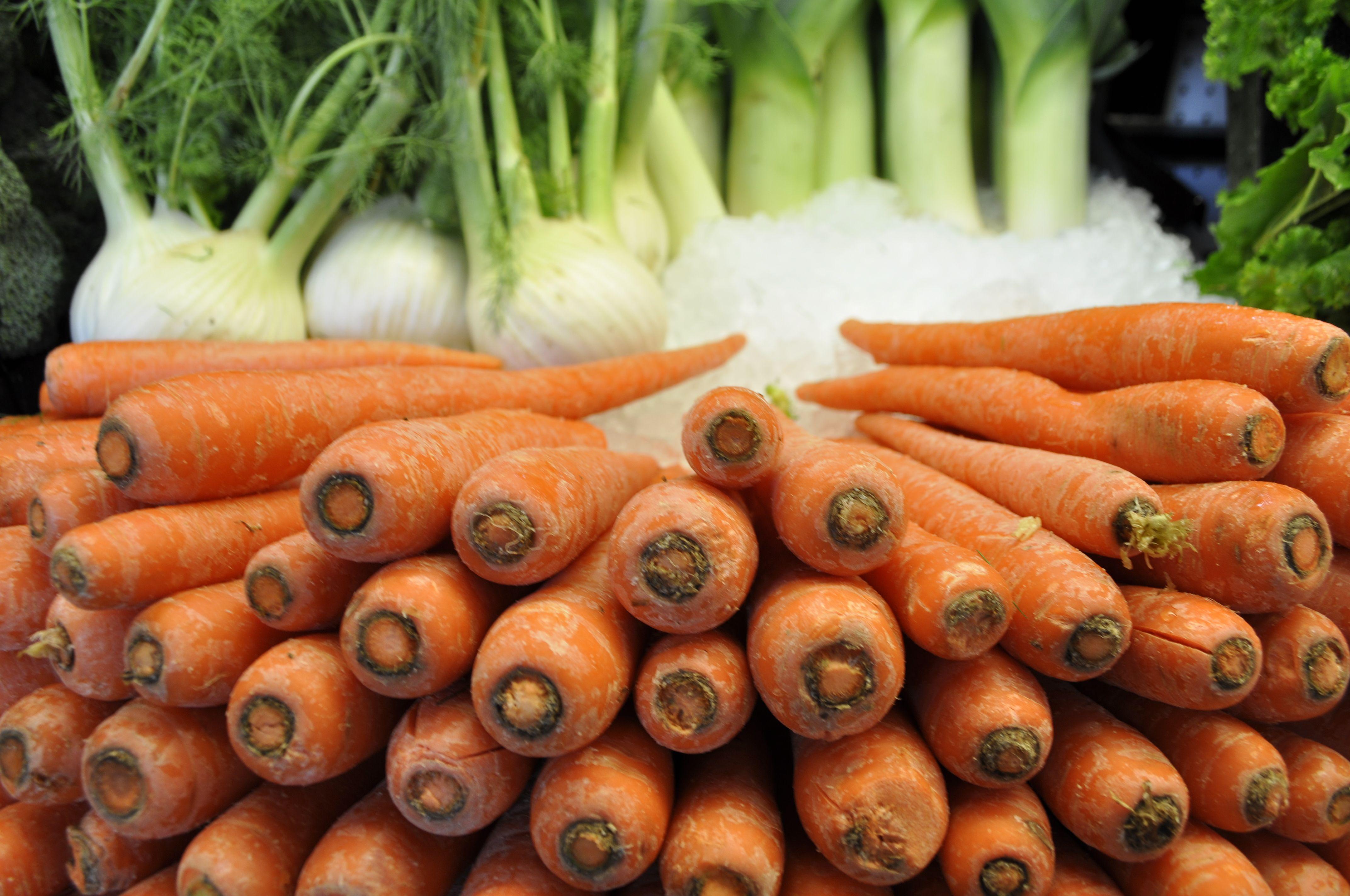 Good food store carrots food store carrots