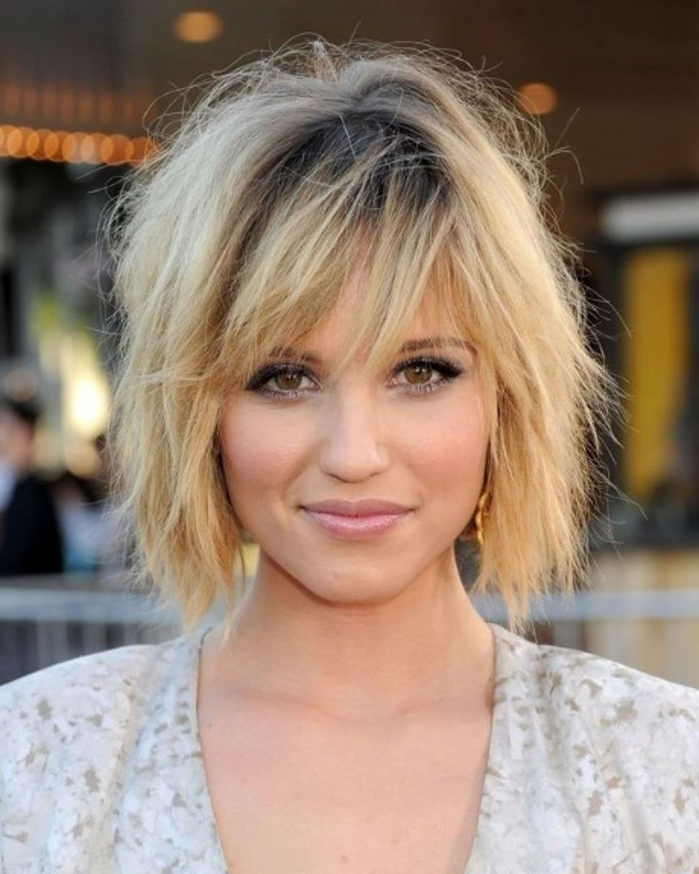 Choppy Haircuts For Square Face: How To Style A Layered Bob With Bangs