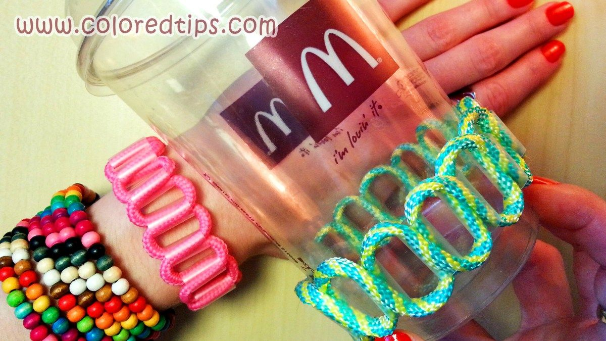 Fast and easy way to make a bracelet out of a drinking straw and a
