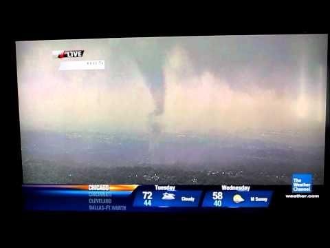 VIDEO: El tornado de Dallas en vivo 3/Abril/2012  - Alucinantep!