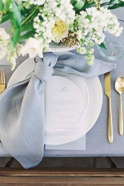 KNOTTED NAPKIN FOR EASTER PLACE SETTING  #liketoknowit #liketoknowithome #diningroom #springdecor #spring #springstyle #easter #easterdiy #easterdecor #tablescapes #tablesettings #design #interiordesign #placesettings