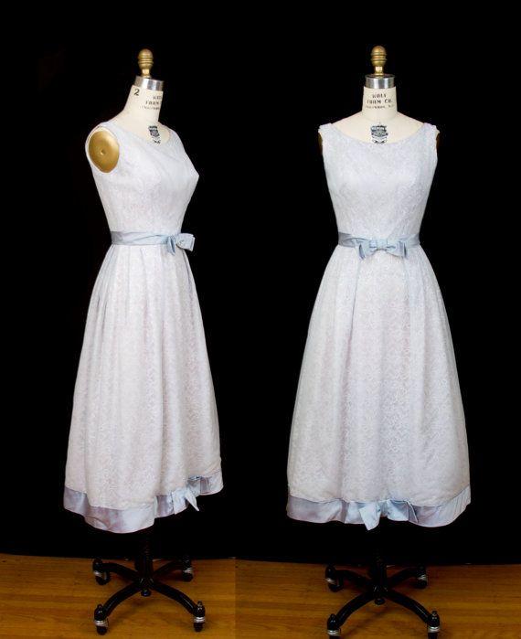 1960 年代のドレス/ホワイト アイス ブルー シフォン レース フォーマル ドレス/ by GarbOhVintage