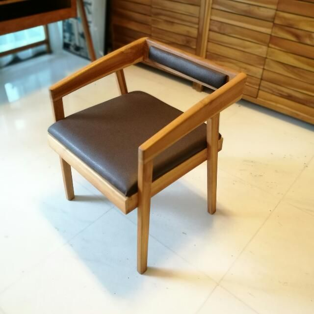 Buy Designer Study Chair In Singapore Singapore This Is A Hand Crafted Teak Wood Lounge Or Study Chair With Designer Features Study Chair Chair Design Chair