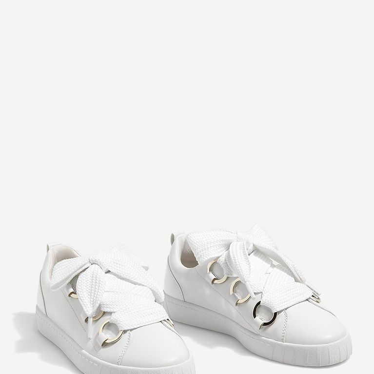 Comment nettoyer des baskets blanches sales? | Nettoyer