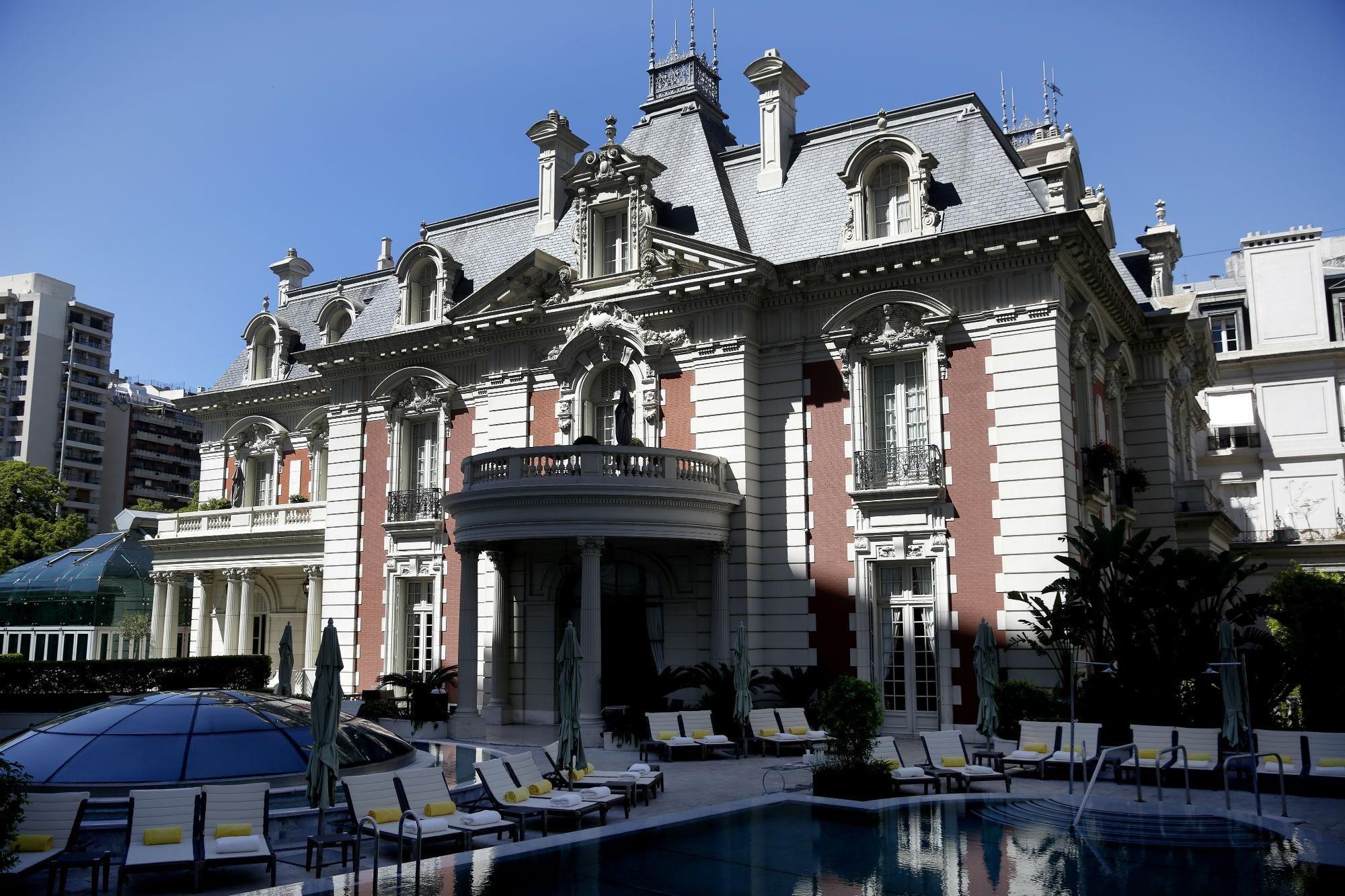 Palacio Alzaga Unzue El Regalo De Bodas Mas Lujoso De La Historia Argentina Palacios Regalos De Boda Lujoso
