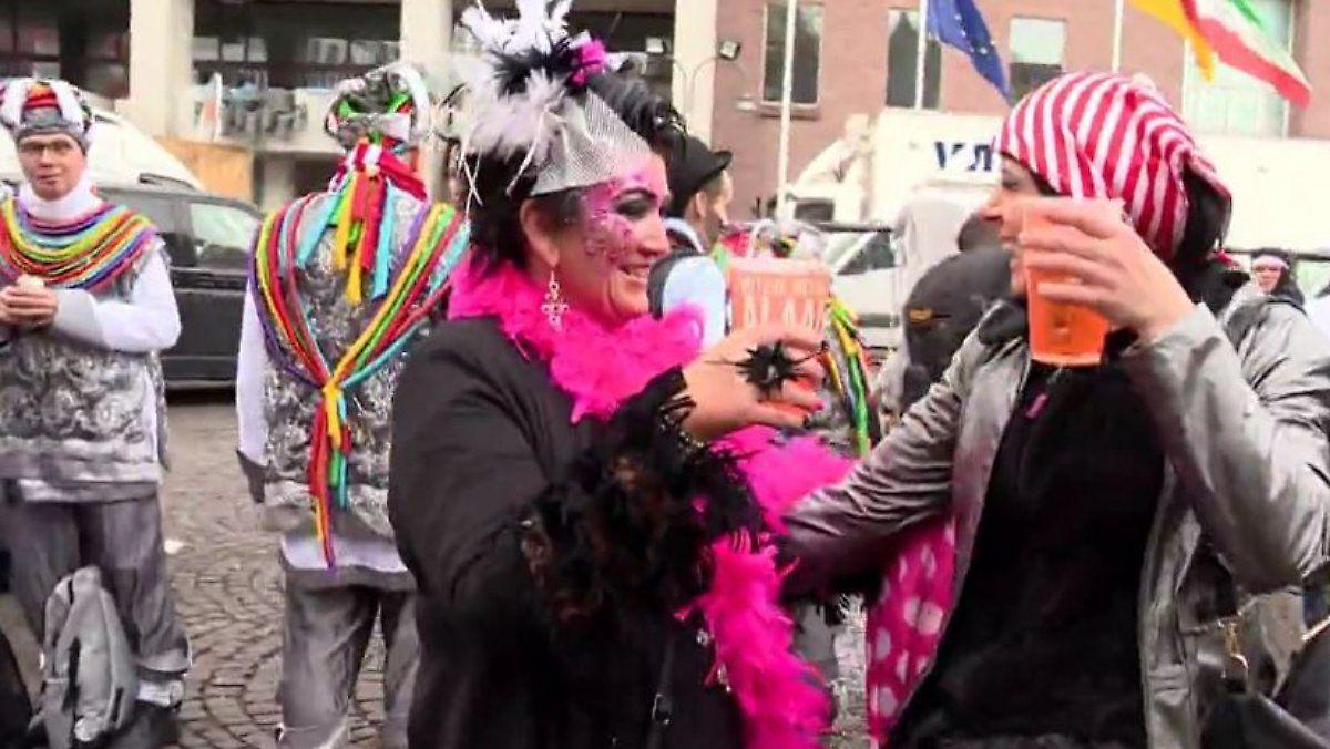 Karneval als Konjunkturprogramm: Bierbrauer und Kostümbranche machen jeckische Umsätze