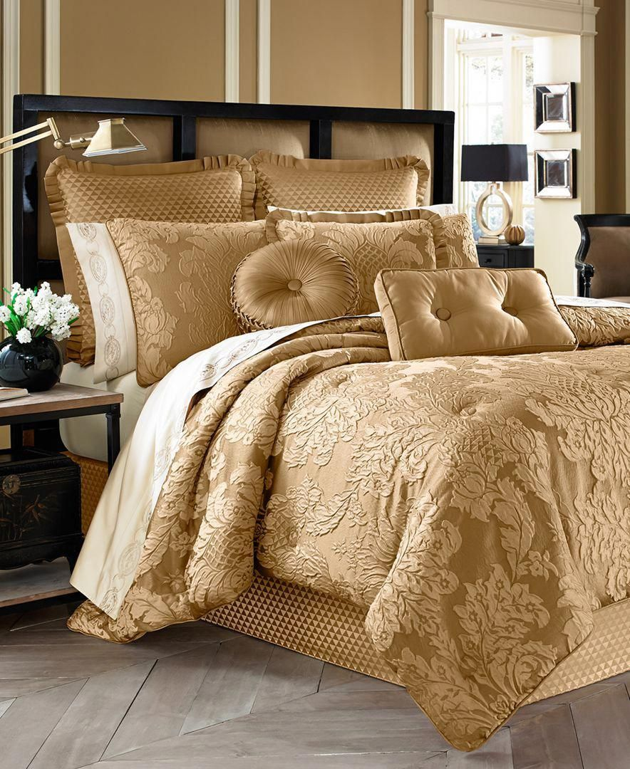 J Queen New York Concord 4-Pc. Gold Queen Comforter Set & Reviews - Bedding Collections - Bed & Bath - Macy's
