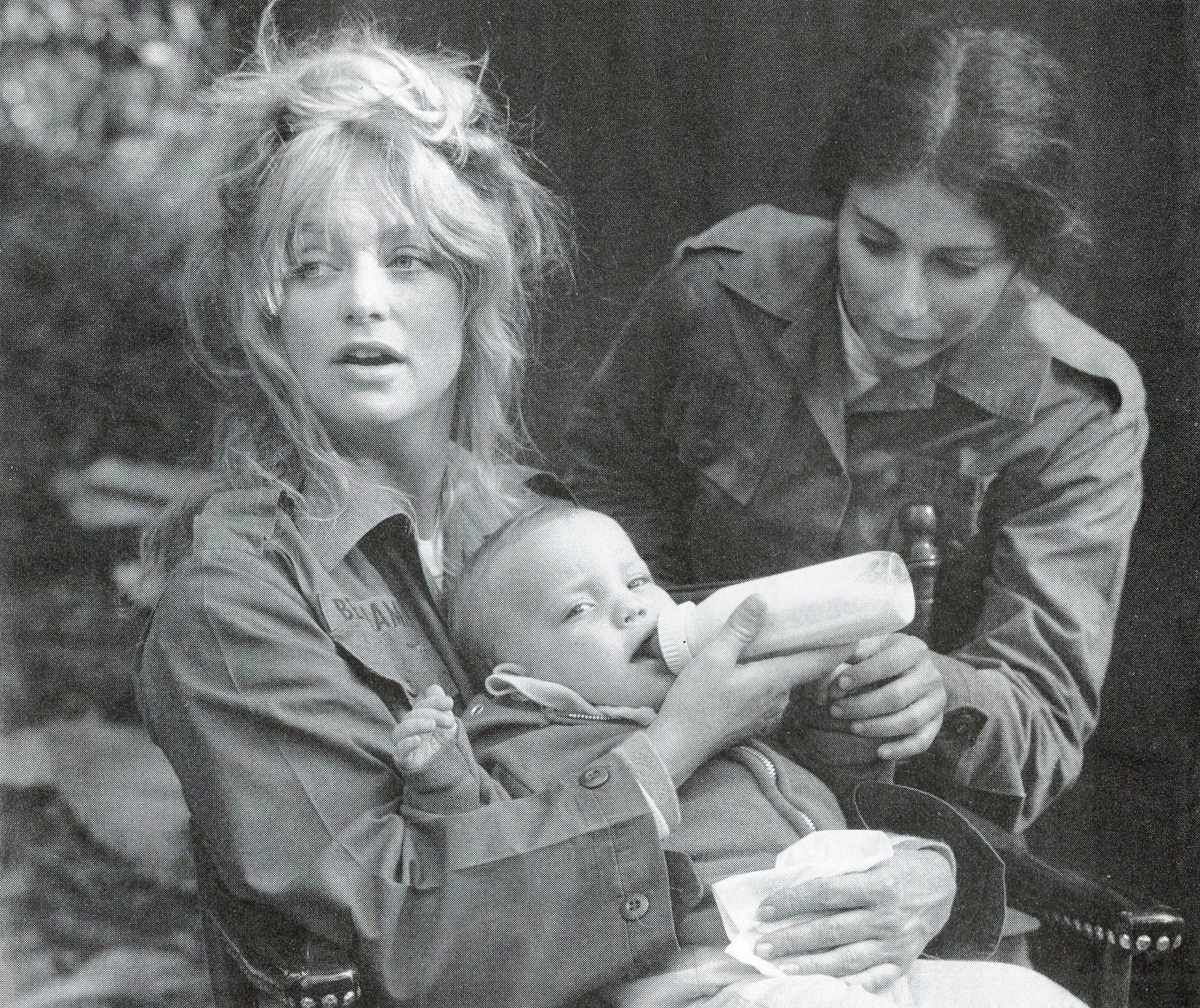 Goldie Hawn Feeds Her Baby Kate Hudson On The Set Of Private
