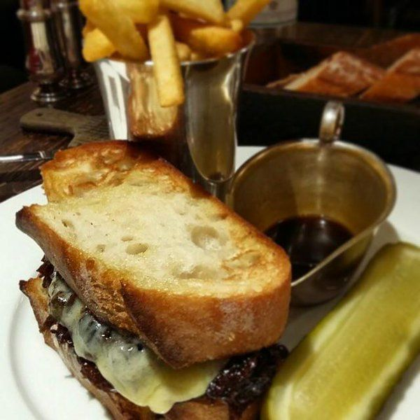 """Little Social on Twitter: """"Beef dip au jus & chips - from our prix fixe lunch menu. http://t.co/54LQ11YwCT"""""""
