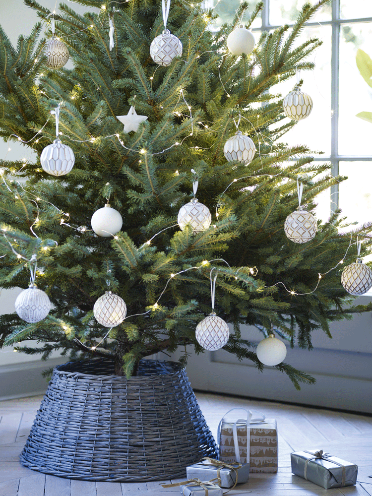 Willow Christmas Tree Ring