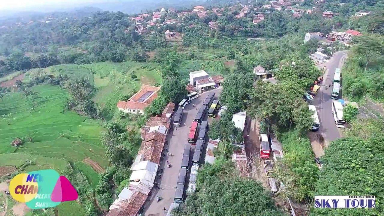 Keindahan Makam Sunan Muria Kudus Jawa Tengah Perjalanan Peziarah Pedesaan