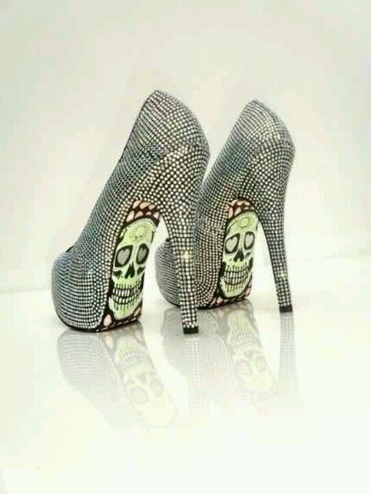 Sexy skull shoes