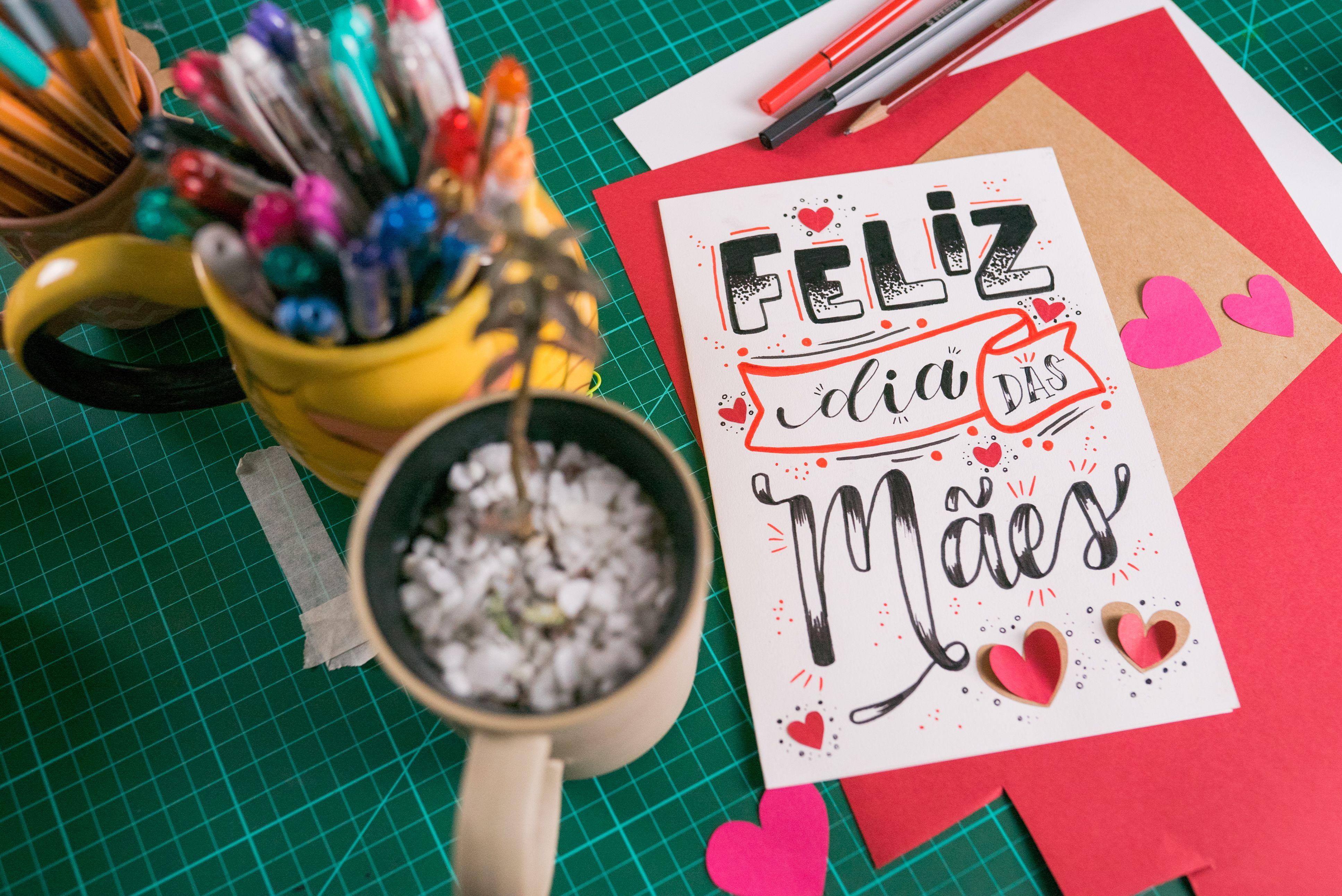 Aprenda A Fazer Um Cartao De Lettering Para O Dia Das Maes