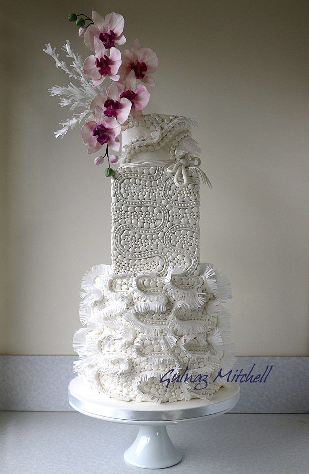 Who does this in cake???? Well, Heavenlycakes4you by Gulnaz Mitchell, does.