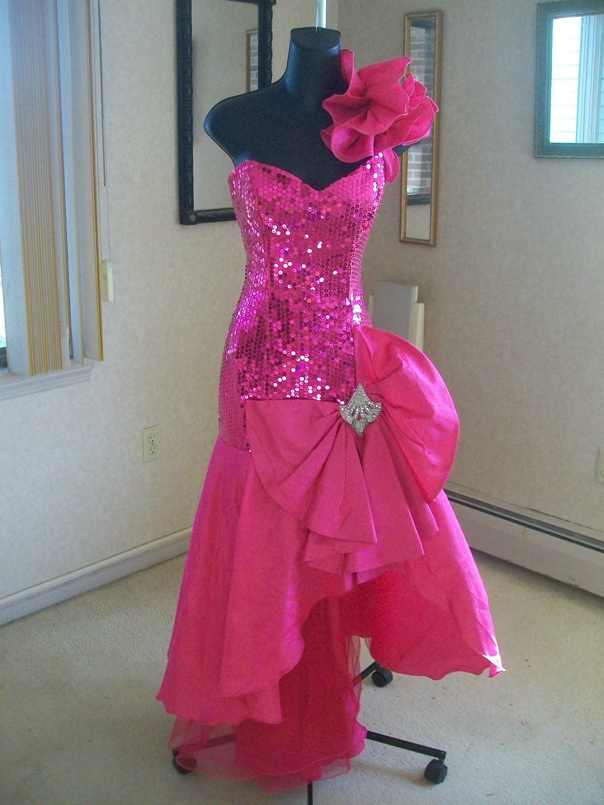 VINTAGE 80s PROM PARTY DRESS | Costumes | Pinterest | Años