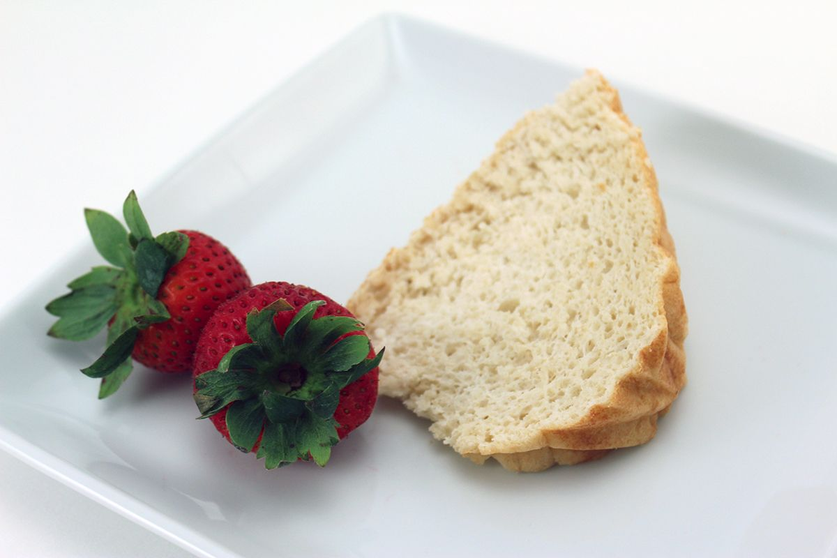 Angel food cake uses swerve confectionary angel food