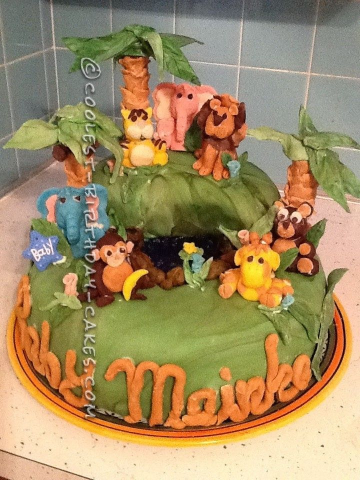 Jungle Themed 1st Birthday Cake with Lions Tigers and Bears