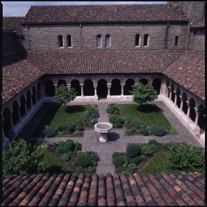 im researching medieval cloister gardens heres one