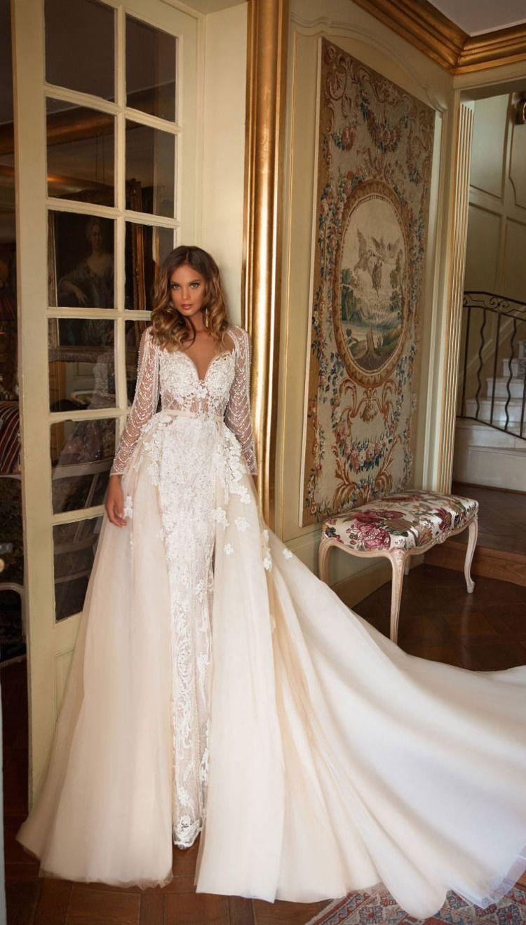 Alatua wedding gown by Milla Nova