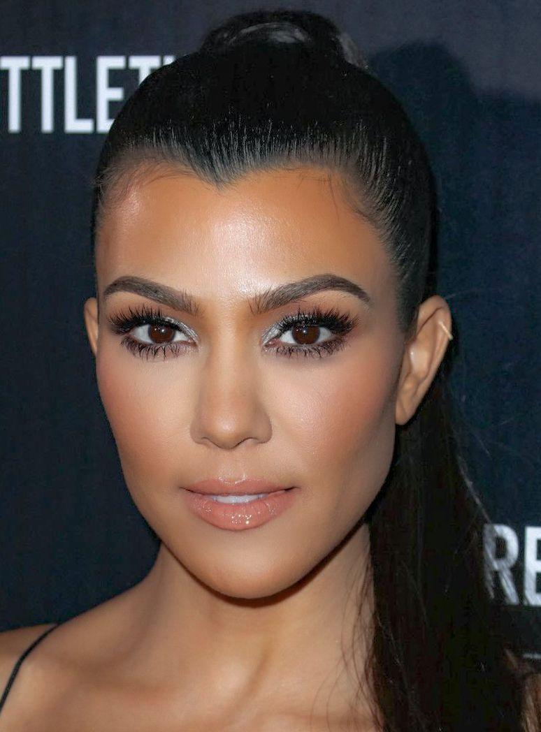Kourtney Kardashian April 18 Sending Very Happy Birthday ...