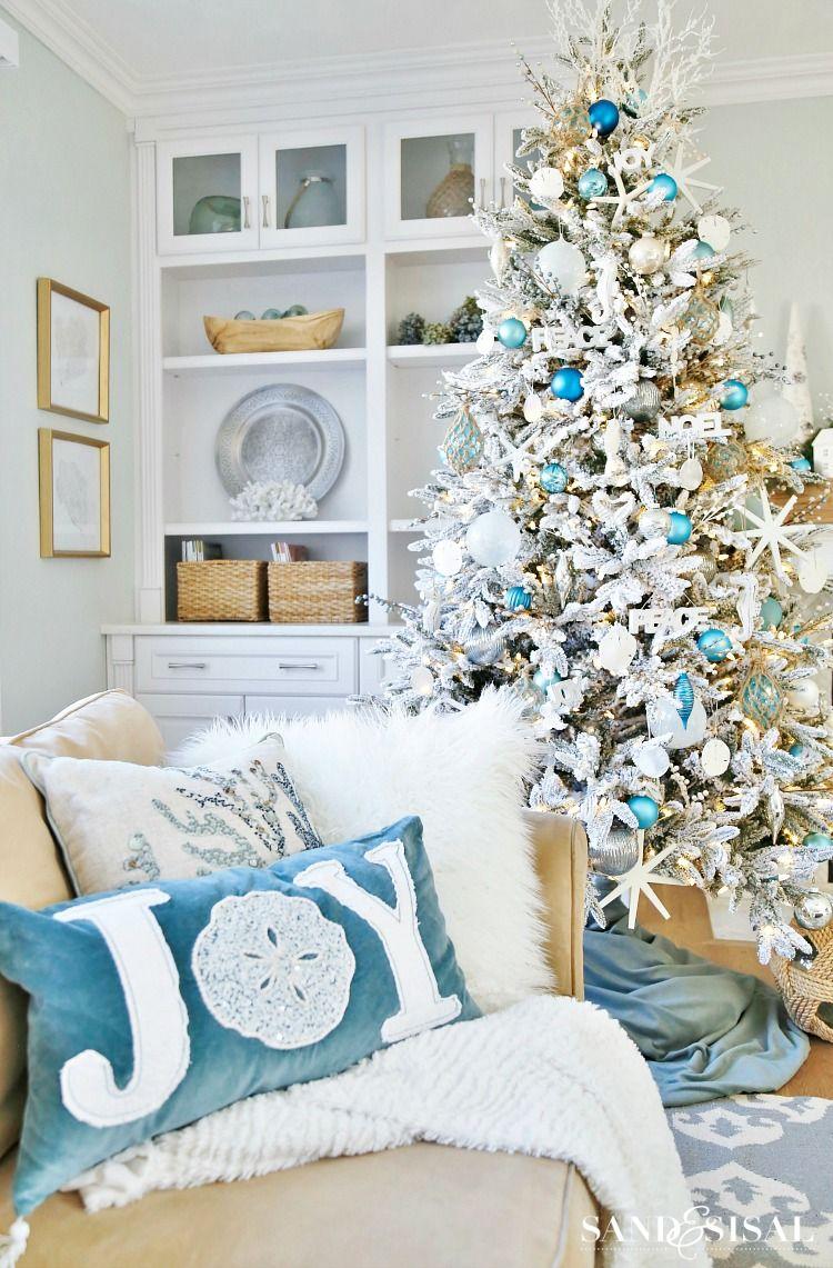 Coastal White Christmas Family Room – Sand and Sisal