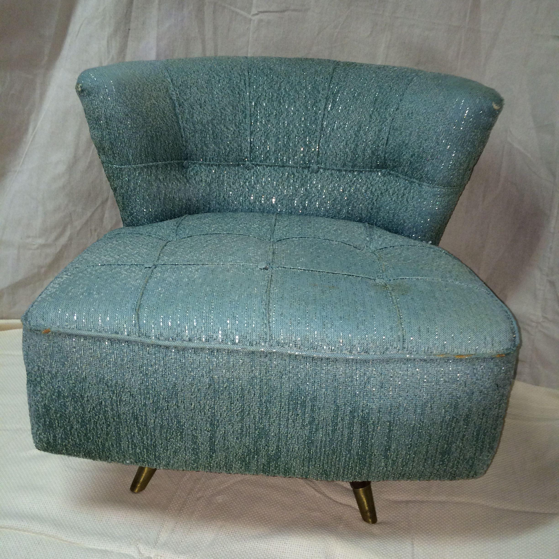 Kroehler Valentine Seaver Barrel Back Swivel Chair