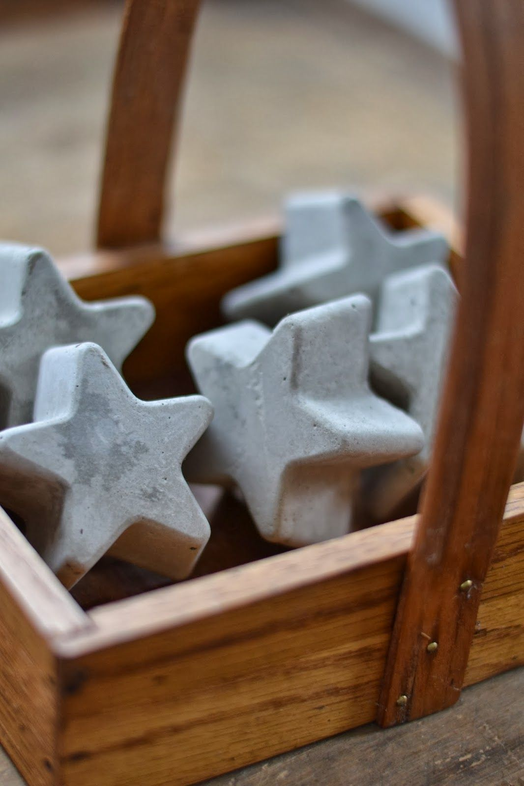 Quick set cement stars from silicone molds at shabby love for Concrete craft molds