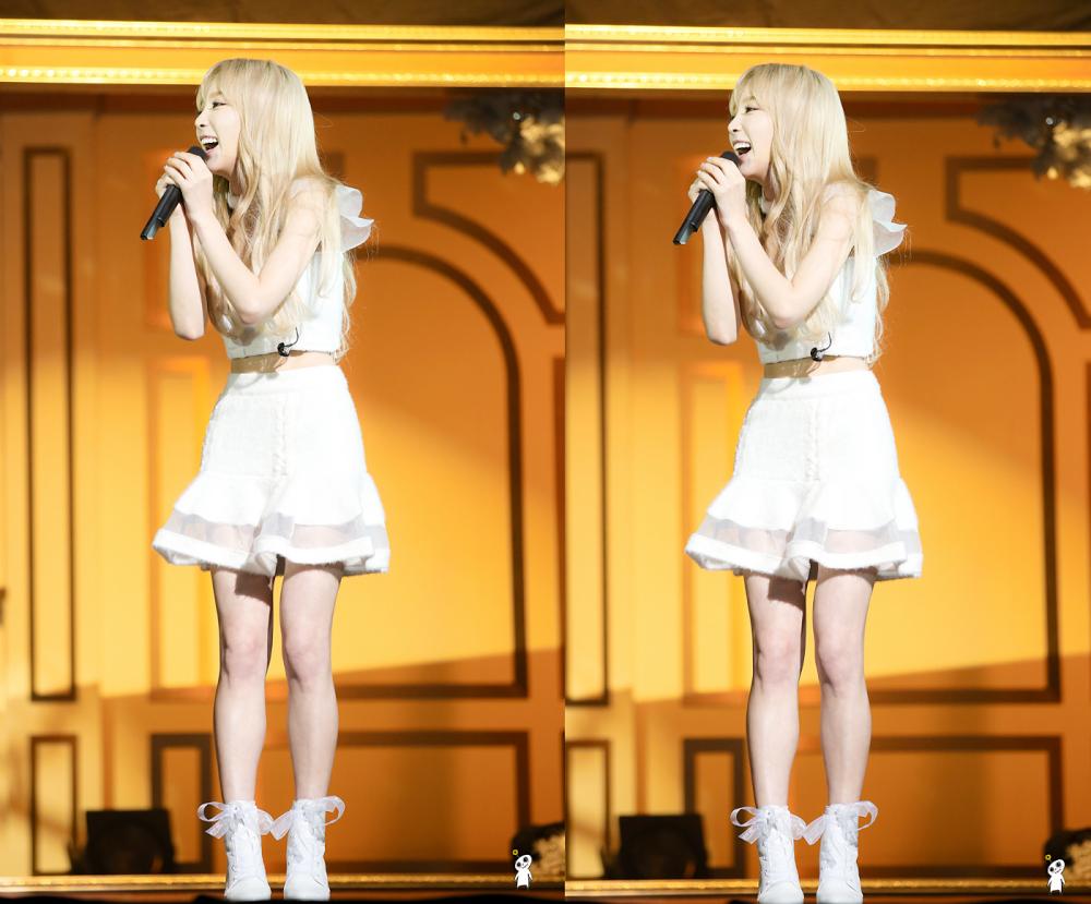 少女の代名詞 ღ 真っ白な肌+子犬のような可愛らしいルックス+小柄な身体=少女時代テヨン - Taeyeon Candy News ☺ Snsd #taeyeon #snsd