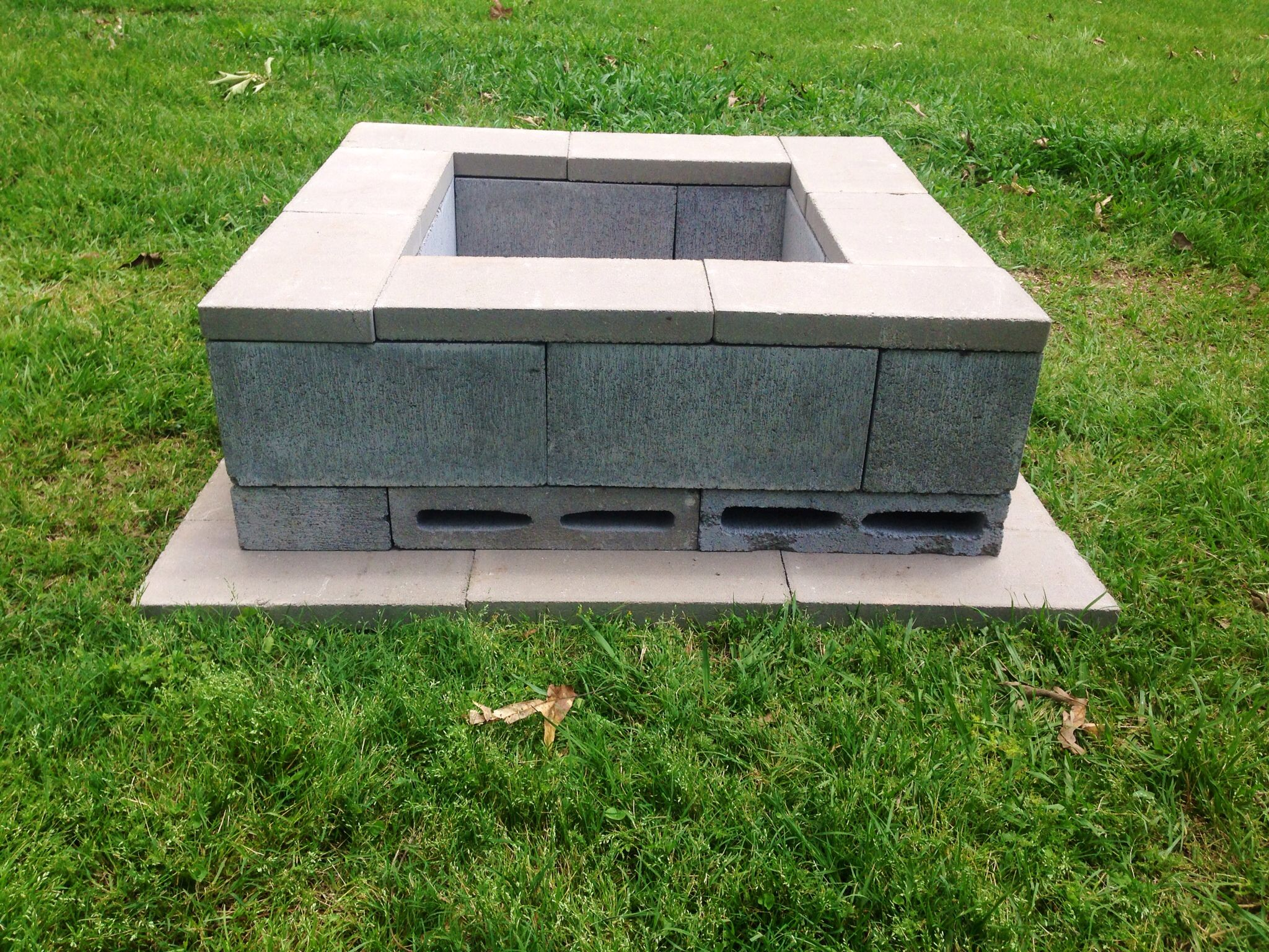 Diy fire pit we used 26 18x6x2 flats 8 cinder blocks for How to build a block fire pit