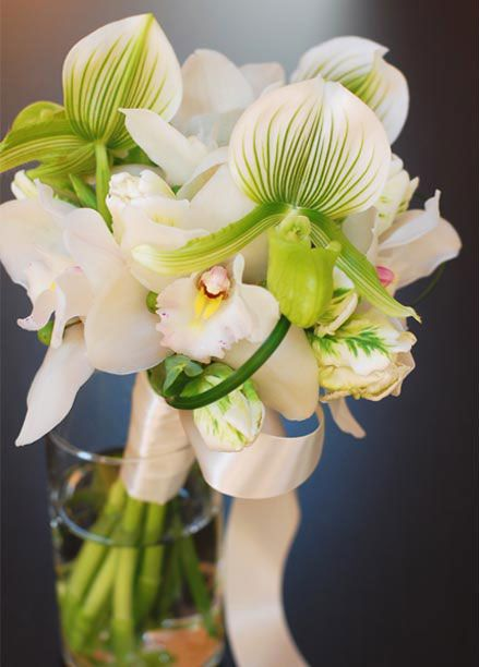 Google Image Result for http://www.bollea.com/wp-content/uploads/2010/07/orchids-bridal-bouquet.jpg