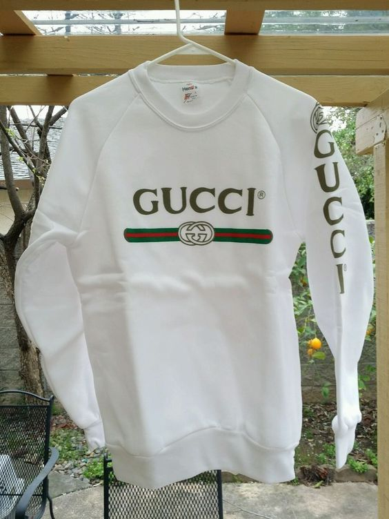 dcd5d17f5f1 VTG 80 S GUCCI SPELL OUT SWEATER SHIRT