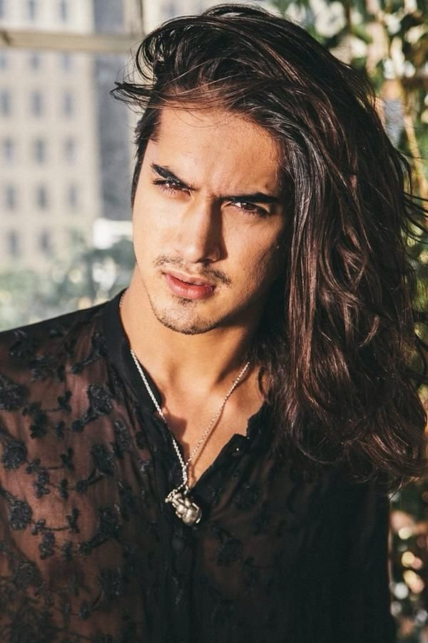 How To Make An Interesting Art Piece Using Tree Branches Ehow Long Hair Styles Men Avan Jogia Long Hair Styles