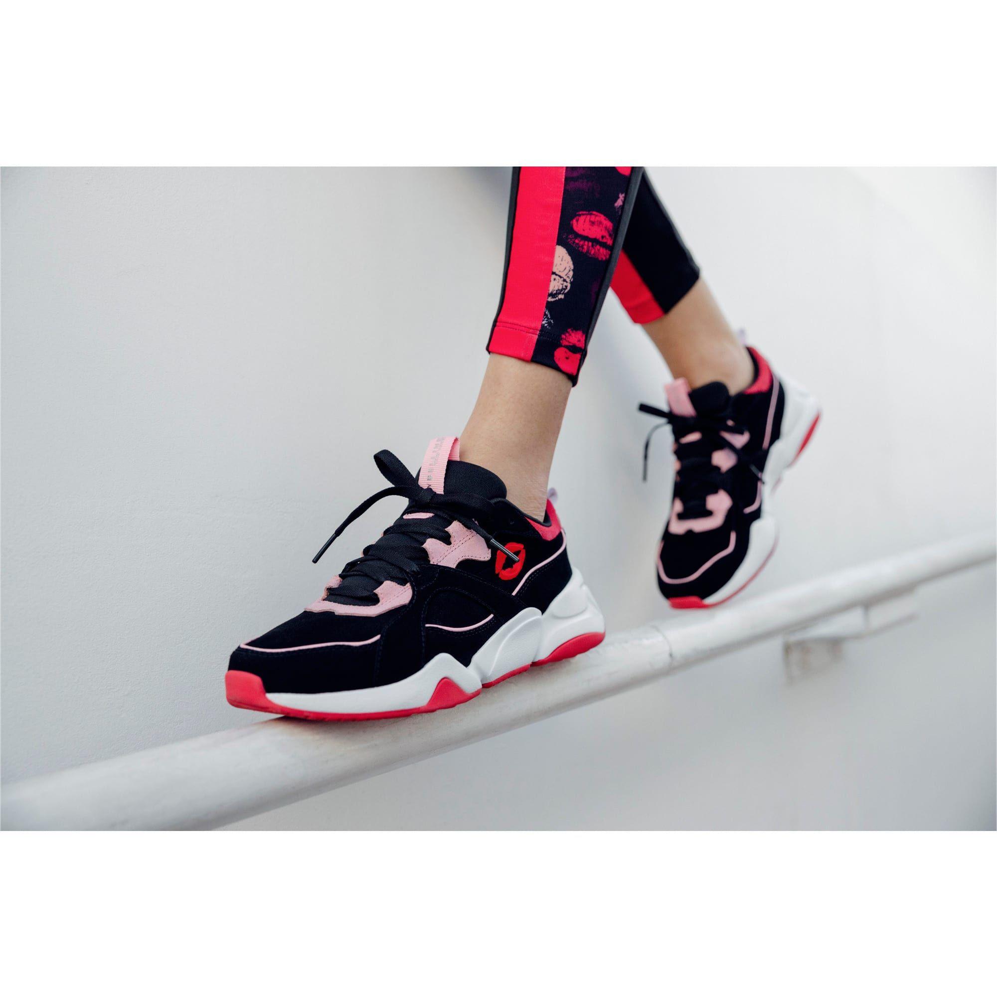 chaussure puma noir et rose