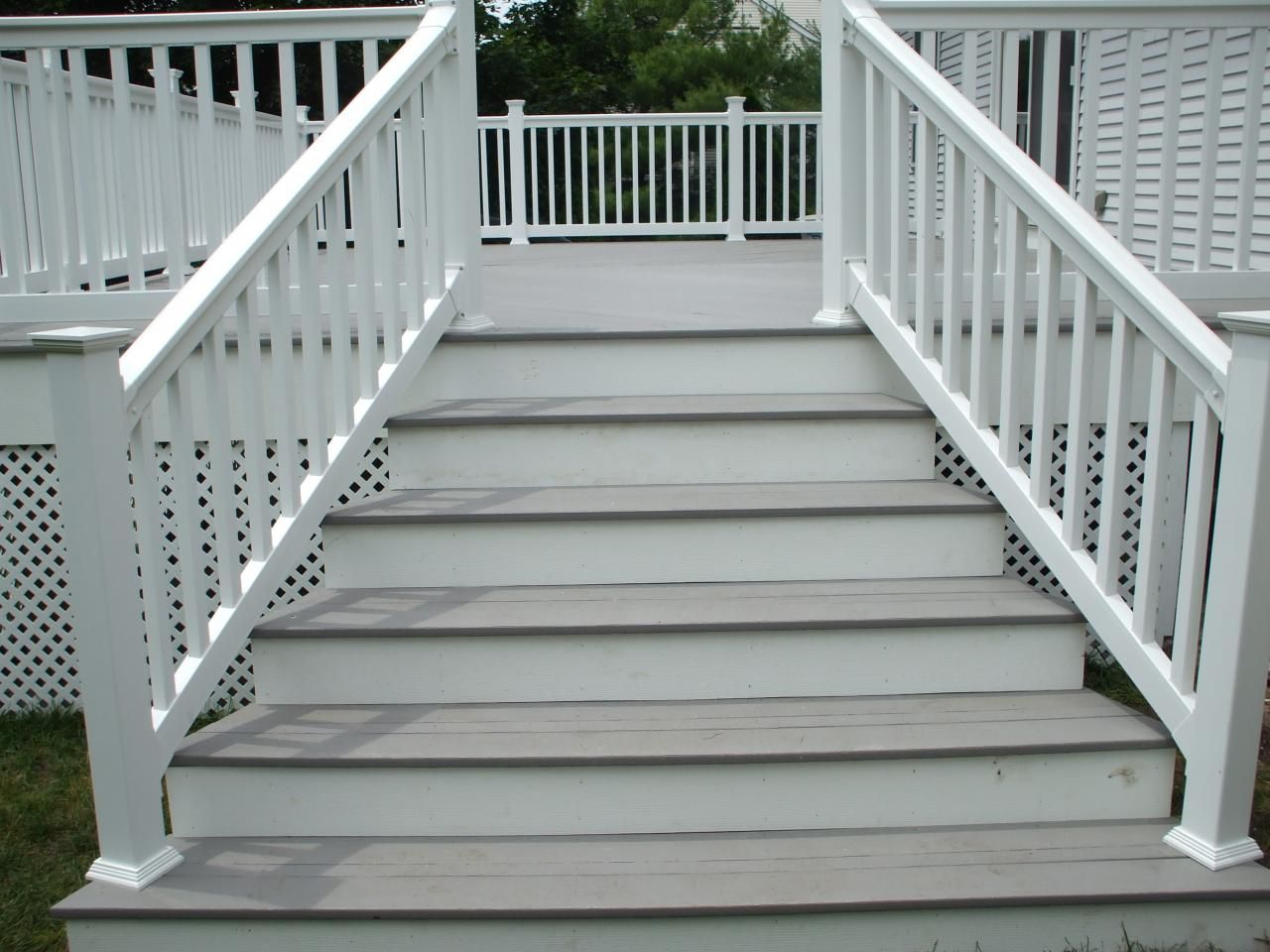 Exterior Designs,Contemporary Stairs With Oak Wooden Deck And White Glossy  Color Railings Design Ideas For Your Front Yard,Inspiring Outdoor Wood  Stairs ...