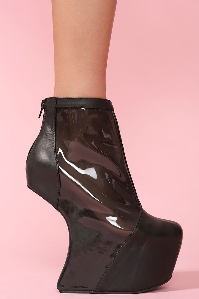 1991995d265 Moonwalk Platform | The Wardrobe I Wish I Had in 2019 | Shoes, Lady gaga  shoes, Shoe boots