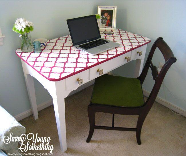 bureau pochoir marocain deco pinterest pochoir marocain pochoir et peinture meuble. Black Bedroom Furniture Sets. Home Design Ideas