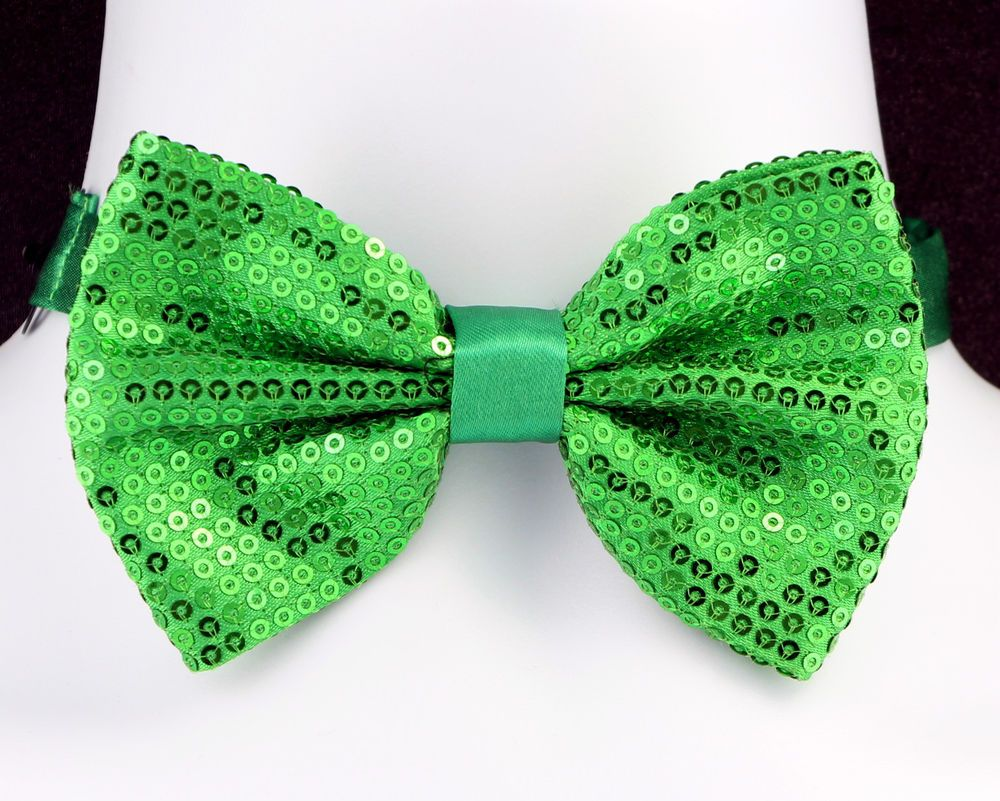 St Patricks Day Bow Tie Green Sequin Irish Fancy Dress Accessory