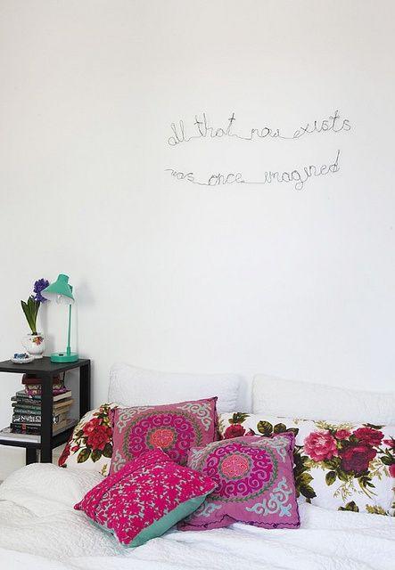 parete del letto scritte decorative