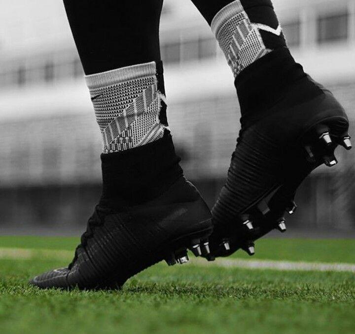 f437e1274c3ff Nike mercurial Superfly Blackout | Botines | Nike fútbol、Zapatos de ...