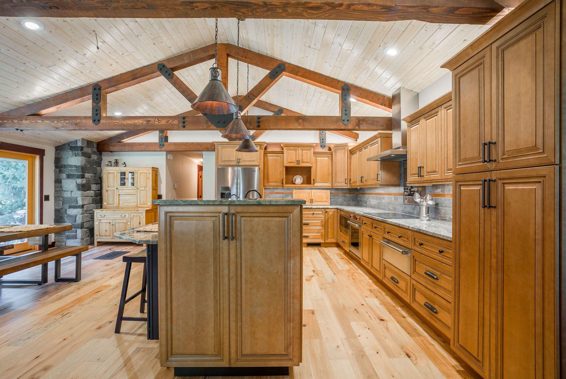 Home Cabinet Westbury Co66 Style Cinnamon Glazed Maple Kitchen Cabinets In 2020 Maple Kitchen Cabinets Maple Kitchen Kitchen
