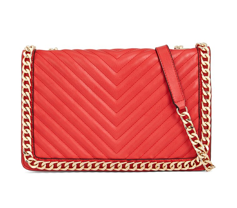12 Amazing Accessories That'll Give You the Pretty Little Liars Look | People - Aldo quilted bag
