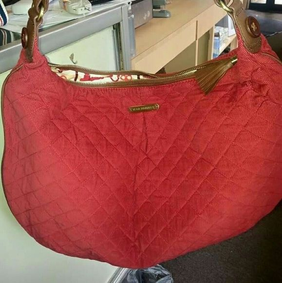 Vera Bradley hobo bag Super cute never used quilted purse Vera Bradley Bags Hobos